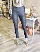 Luxe Lace Print Legging