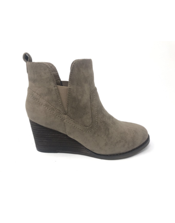 Ava Ankle Bootie