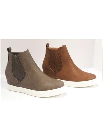 Chelsea Wedge Sneaker