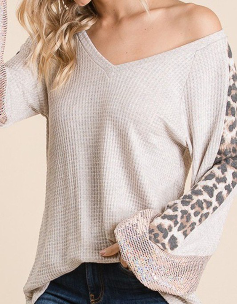 Solid Waffle Knit V-Neck Top