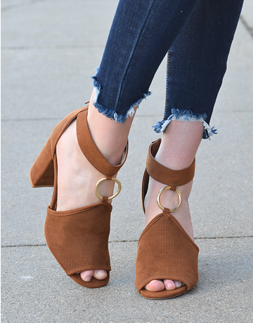 Alona Chunky Heel