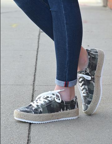 Maria Platform Sneaker