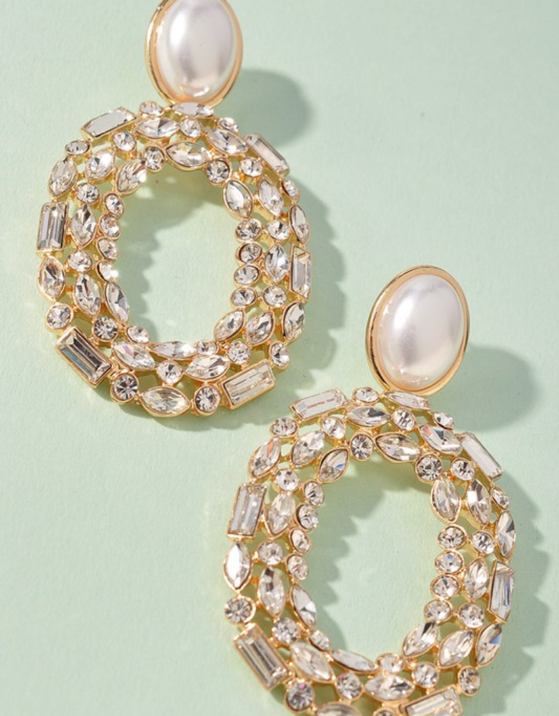 Circle Jewel Stud Earring