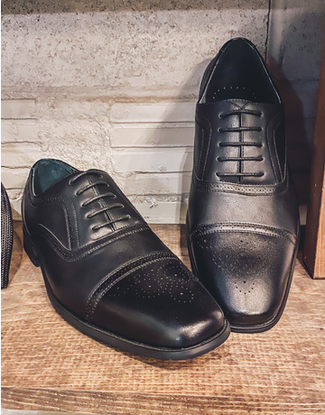 Black Detailed Dress Shoe