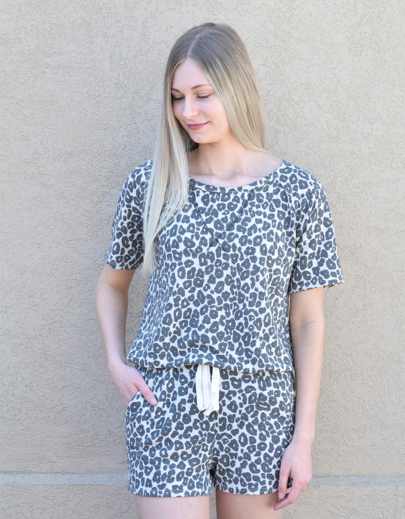 Raglan Leopard Print Short Sleeve