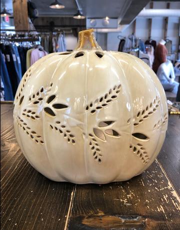 Pumpkin w/ Cut Out Detail