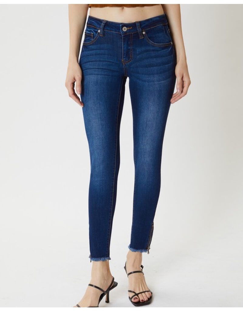 Mid Rise With Frayed Ankle & Zipper