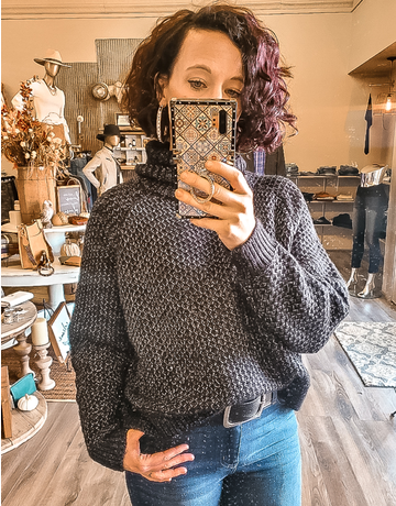 Turtleneck Cropped Sweater - Black