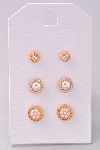 Merveille 3 Piece Stud Set With Peal Detail