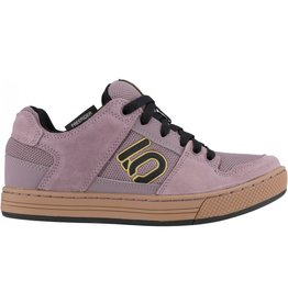 Five Ten Freerider Women's Flat Shoe: Purple/Black/Gum 9