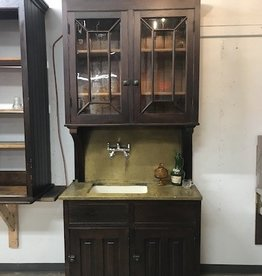 R&F Antique Wet bar