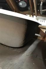 R&F Clawfoot Cast Iron Bathtub