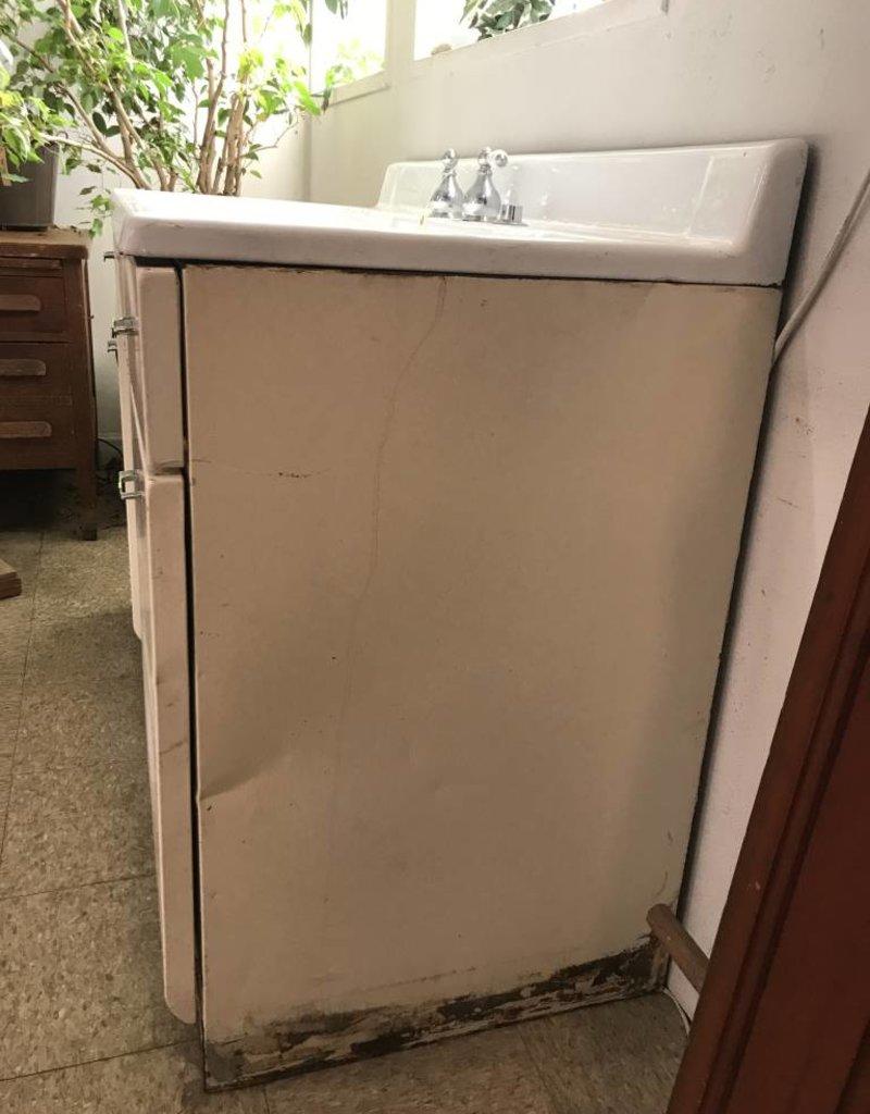 R&F Cast Iron Double Drainboard Farm Sink w/ steel cabinet