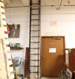 R&F Antique Wooden Extension Ladder