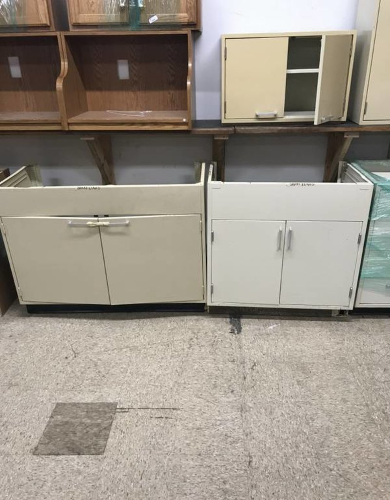 R&F 10 pc. Metal cabinet Set