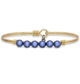 LUCA AND DANNI STC472 LAPIS BLUE PEARL ON LARGE BRASS OX WIRE WRAPPED BRACELET