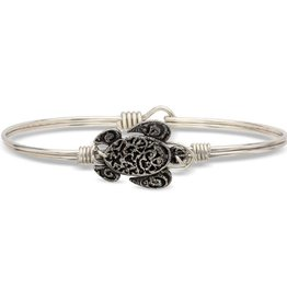LUCA AND DANNI STC465S/SM SEA TURTLE ON SMALL SILVER WIRE WRAPPED BRACELET