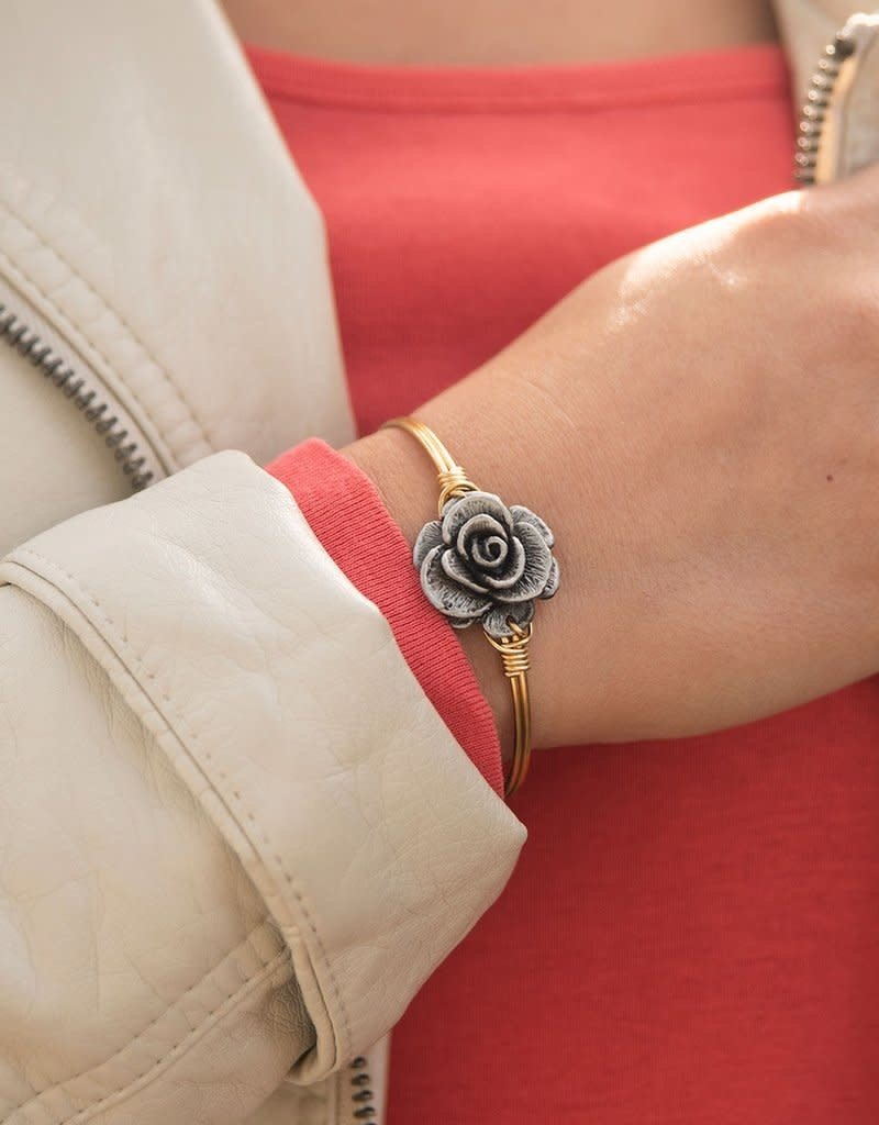 LUCA AND DANNI STC046S ROSE ON SILVER WIRE WRAPPED BRACELET