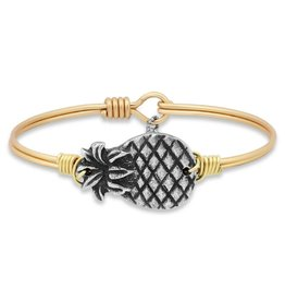 LUCA AND DANNI STC088 PINEAPPLE ON BRASS OX WIRE WRAPPED BRACELET