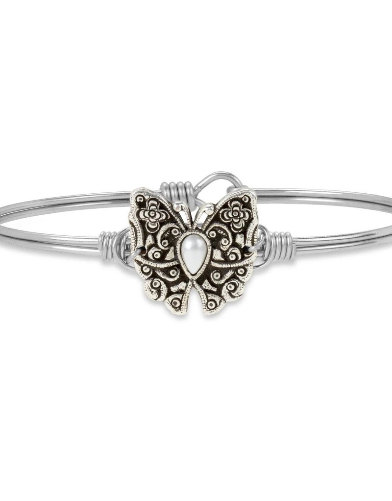 LUCA AND DANNI STC681S BUTTERFLY BANGLE BRACELET_REGULAR_SILVER TONE