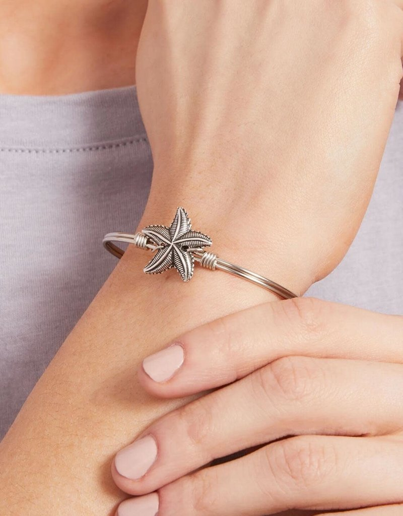 LUCA AND DANNI STC217S/SM STARFISH ON SILVER WIRE WRAPPED BRACELET SZ SMALL