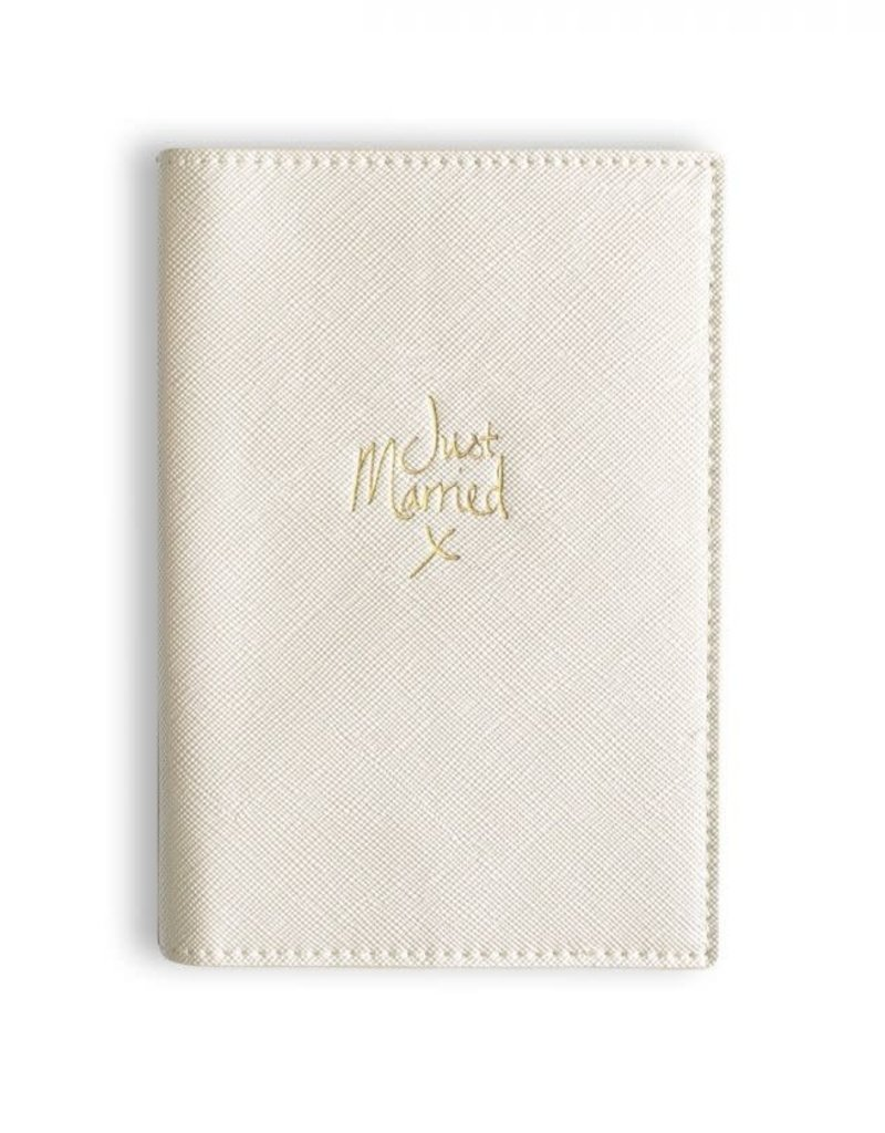 KATIE LOXTON KLB301 PASSPORT COVER - JUST MARRIED - metallic white - 14.5x10cm