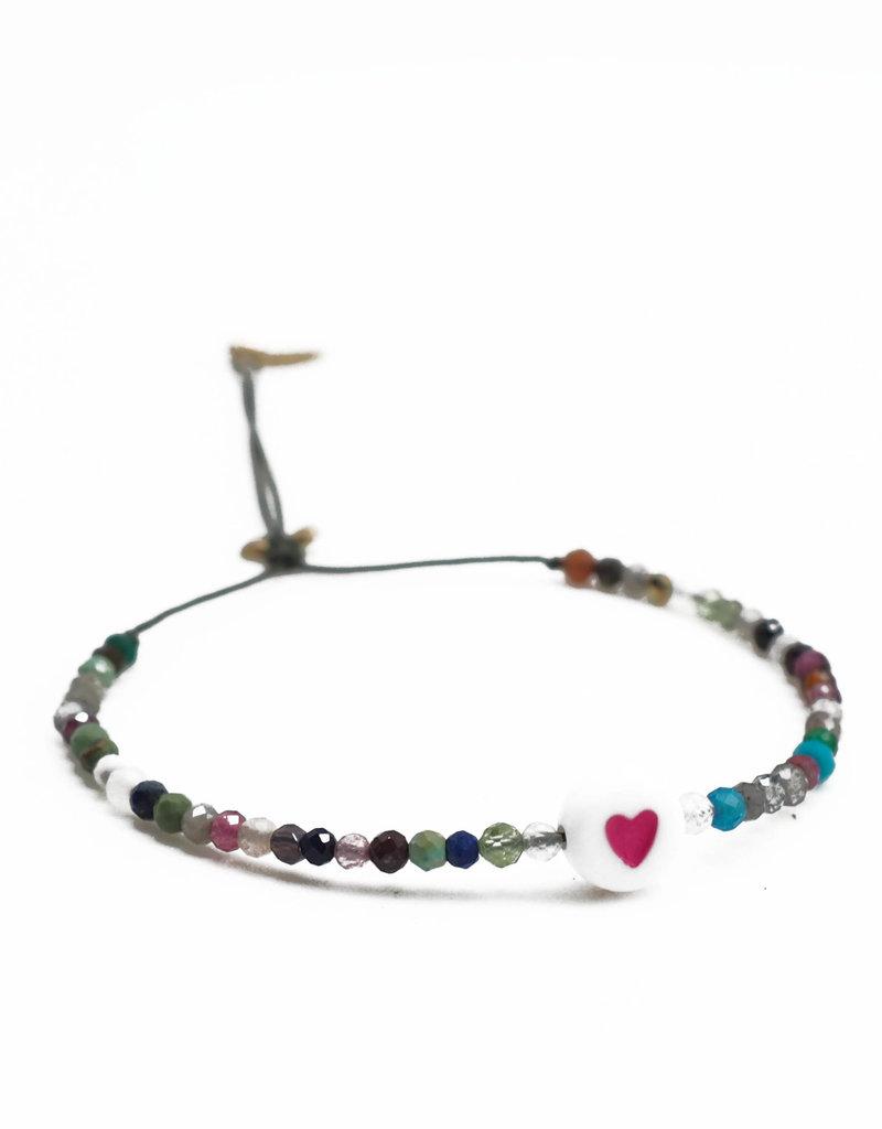 ART5777 KIDDO - 1 heart charm and all over tourmaline stones cord bracelet