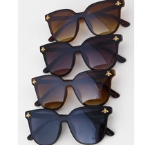 Butterfly studded Sunglasses