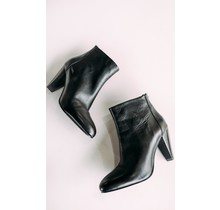 Smooth Leather Black Bootie