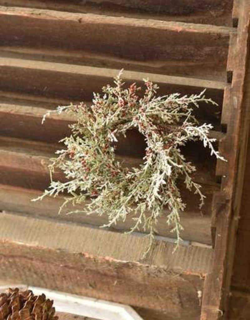 "3.5"" Snowy Cedar & Berries Candle Ring"