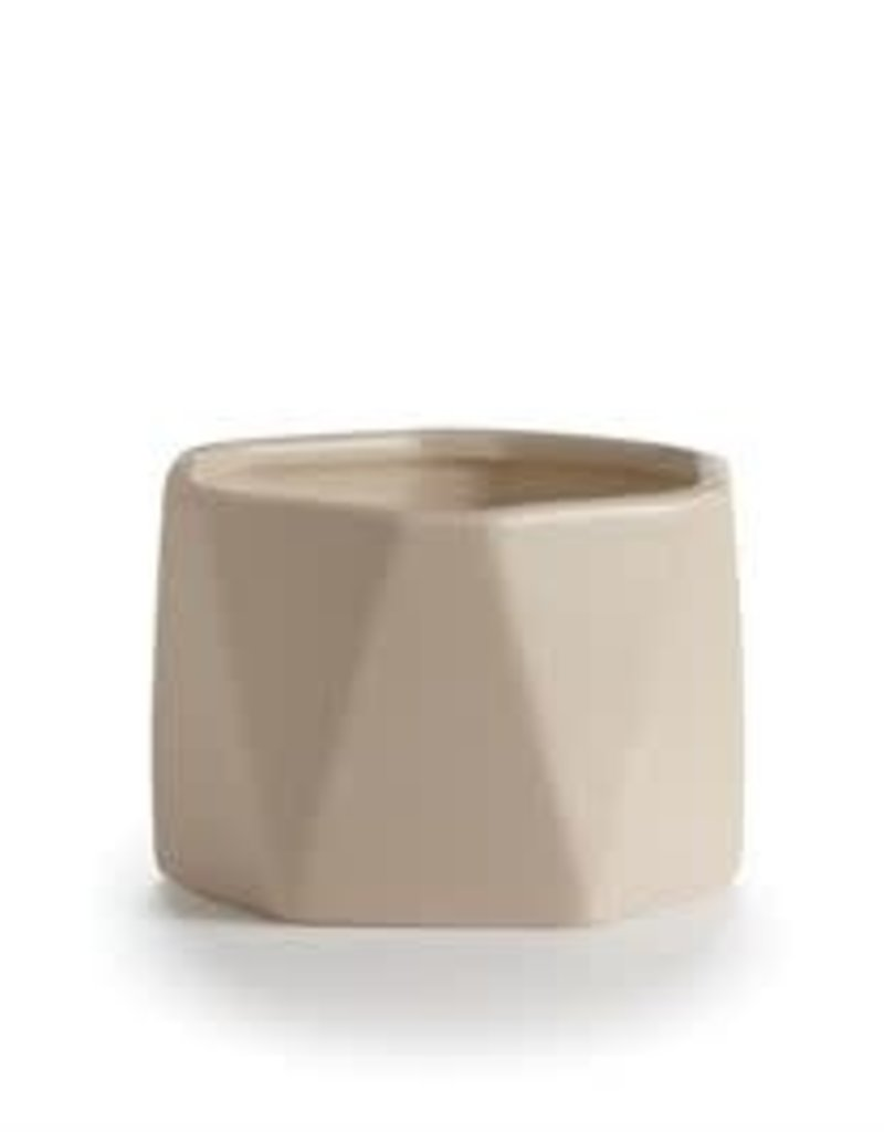 Dylan Ceramic Candle, 4.8oz