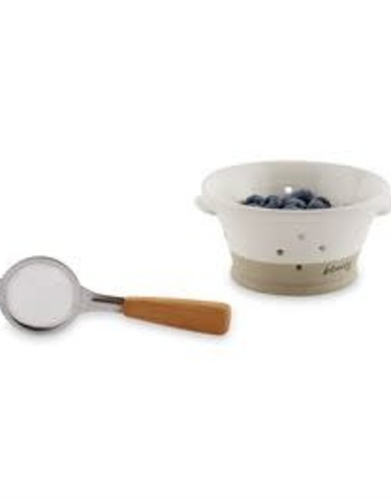 Stoneware Berry Bowl Set