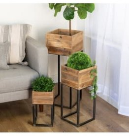 Wood Planter w/Metal Stand
