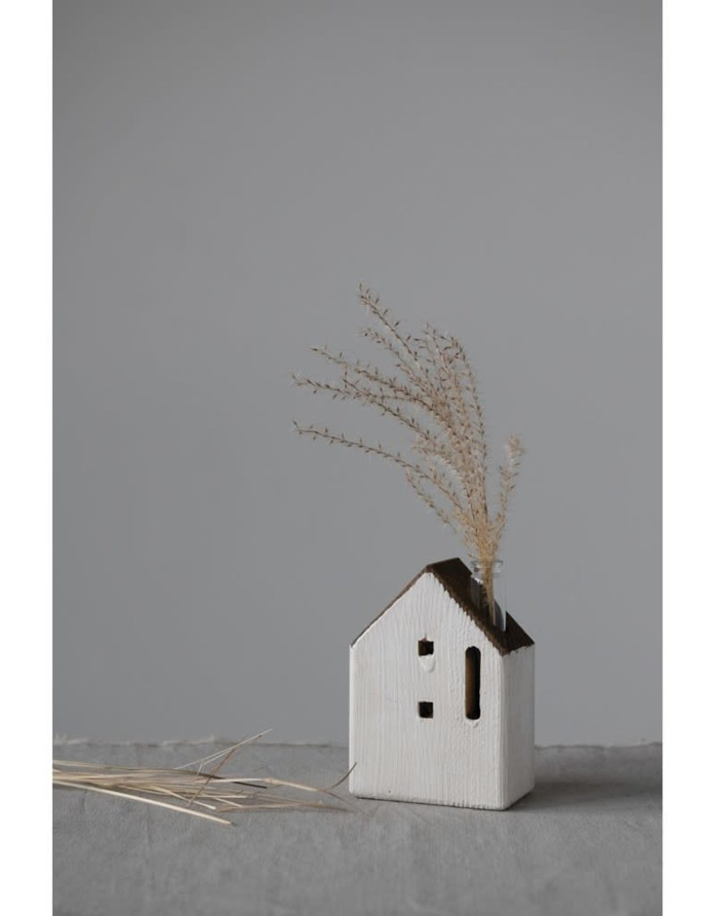 Recycled Pine wood house w/vase