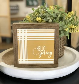 "Hello Spring Plaid Sign 7.5""x7.5"""