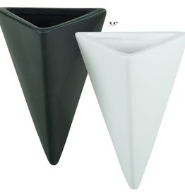 Triangle Wall Pot