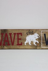 """Wave the """"W' Cubs Sign"""