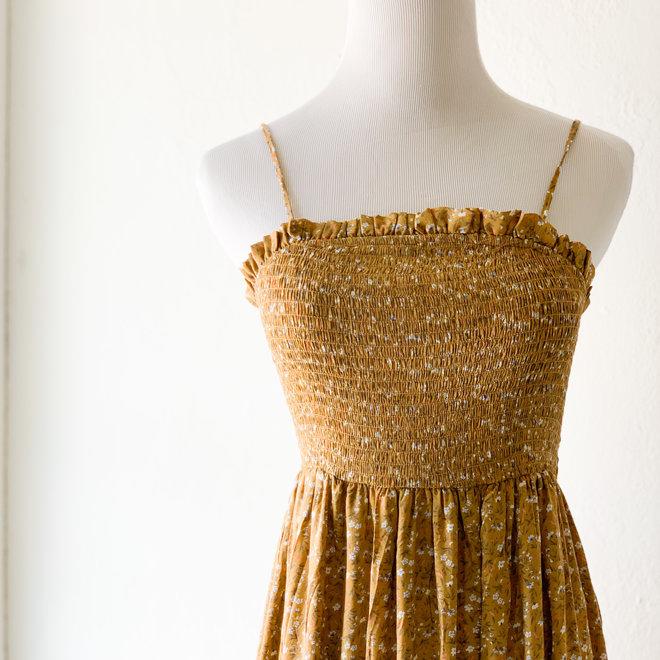 More Light Dress Golden