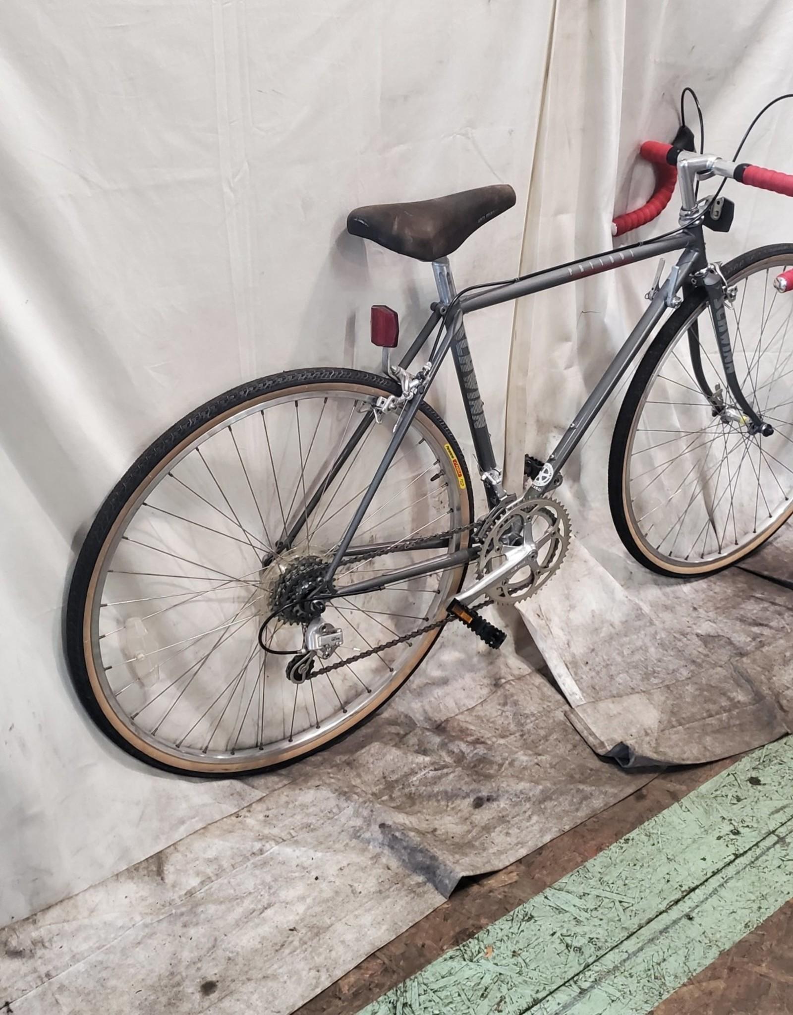 48cm Schwinn Prelude (7184 E2)