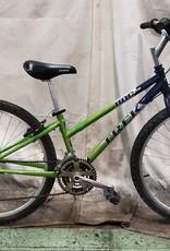 """13"""" Trek 800 Sport (8650 F1U)"""