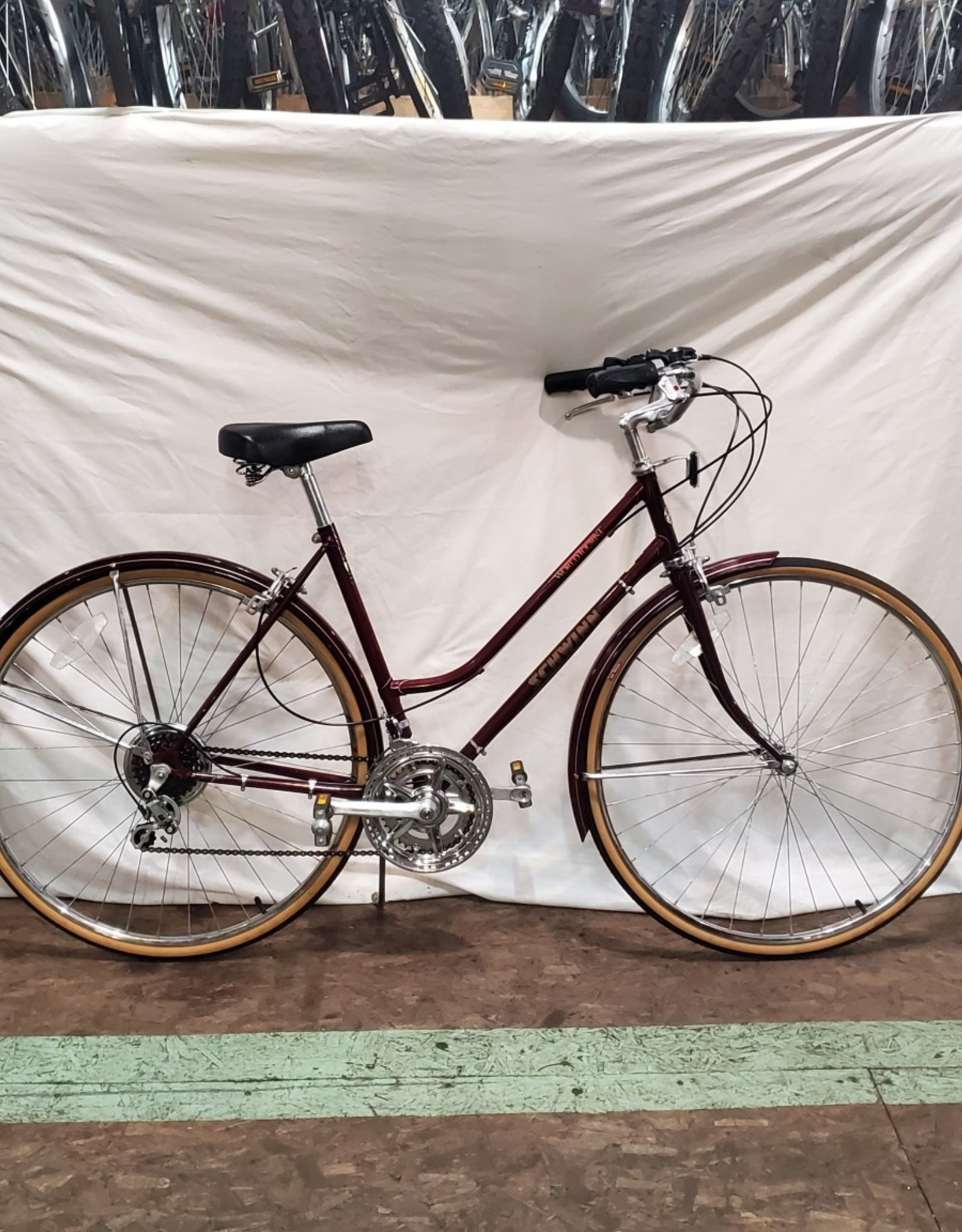51cm  Schwinn World Tourist (5922 SFR)