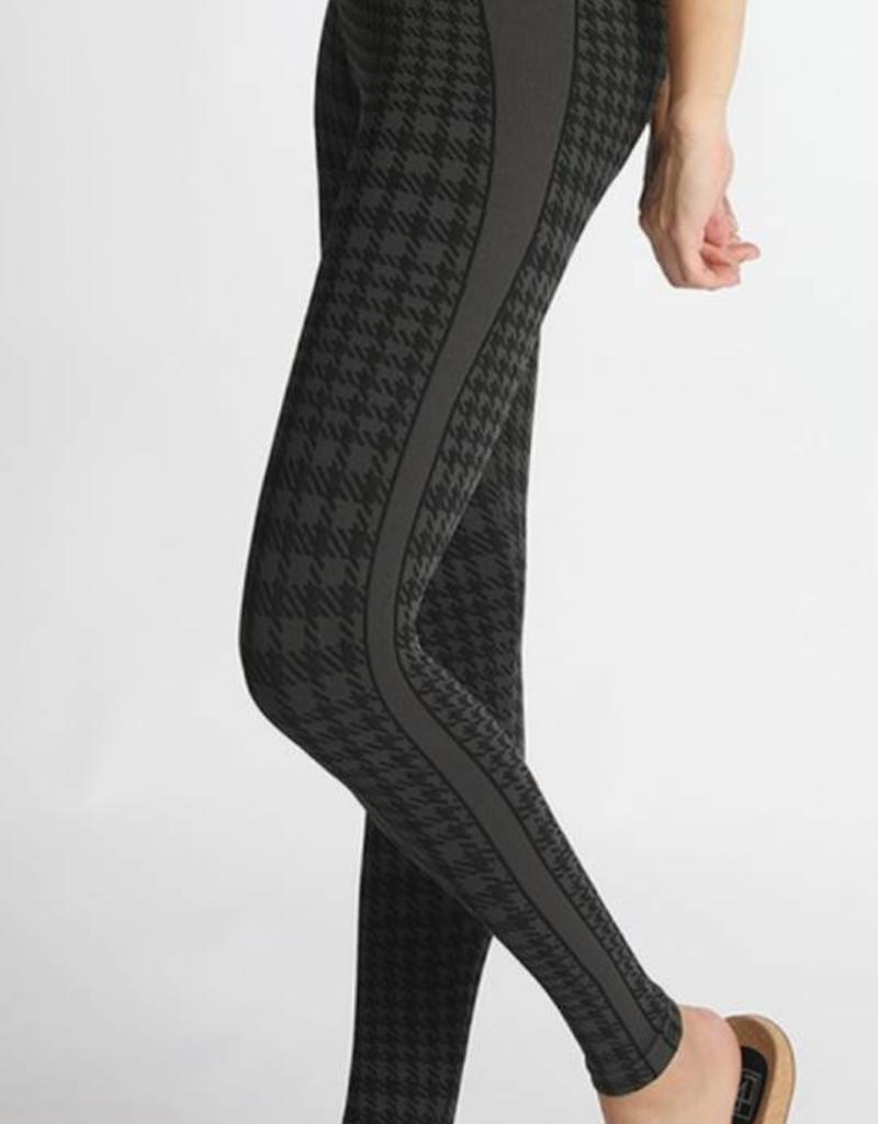 Nikibiki Plaid Leggings