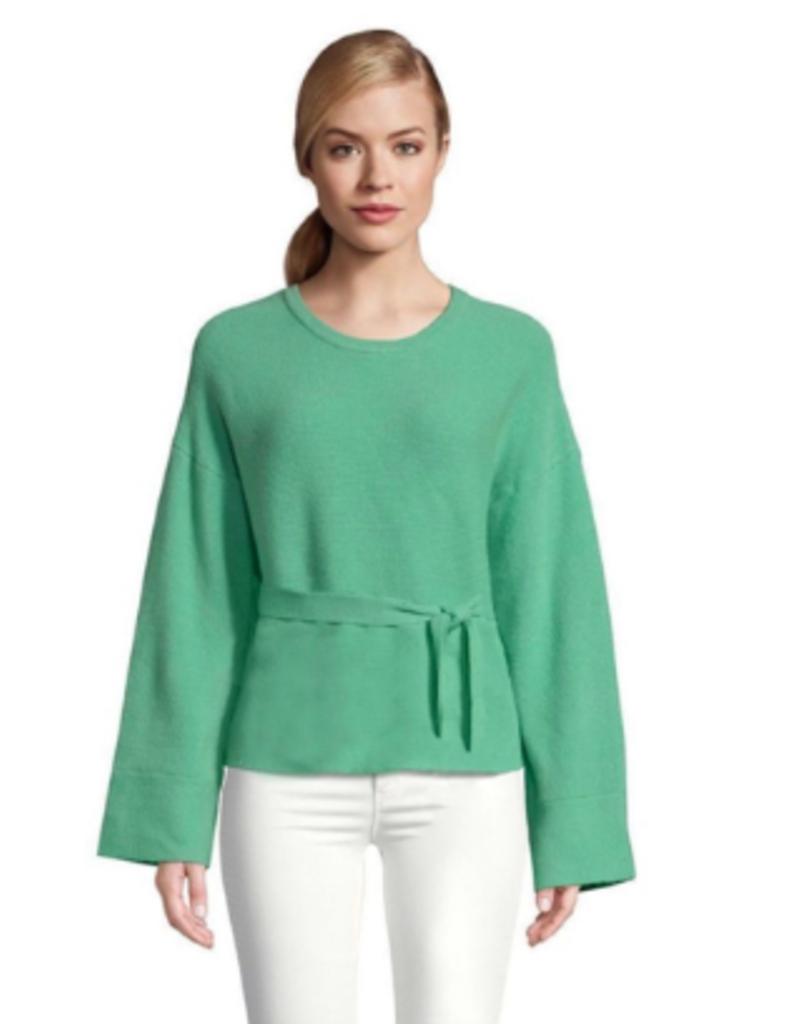 BB Dakota Woman In Love Sweater