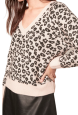 Cupcakes & Cashmere Monroe Leopard Sweater
