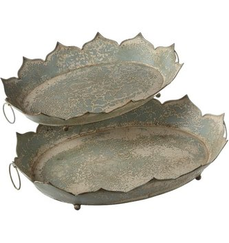 Metal Oval Distressed Tray (2 Sizes)