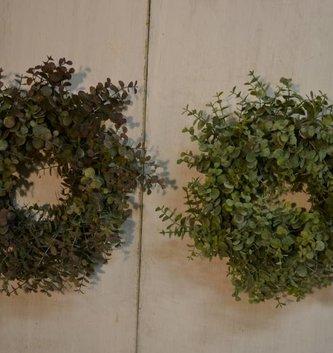 Mini Eucalyptus Wreath (2 Colors)
