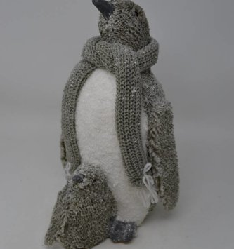 Frosted Penguin w/ Scarf & Baby