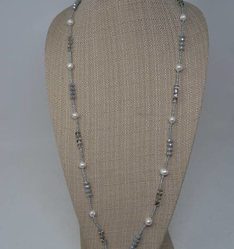 Gray Beaded Pearl Necklace Set