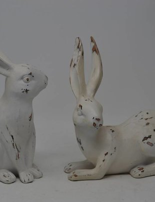 Set of 2 Medium Antiqued Bunnies