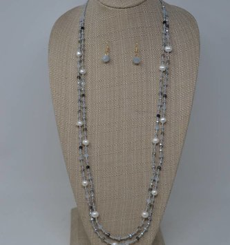 Gray Shimmer Pearl Necklace Set